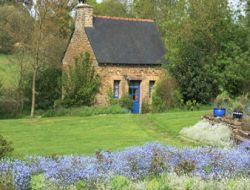Bed and breakfast near Dinan near Sains