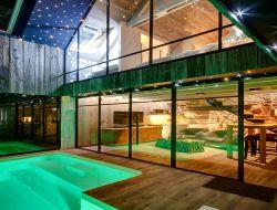 cabanes perch es bretagne location cabane dans les arbres bretagne nuit vacances insolites en. Black Bedroom Furniture Sets. Home Design Ideas