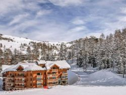 Holiday rentals in Vars ski Resorts.