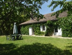 Holiday home near Bordeaux and St Emilion in Aquitaine. near Preignac
