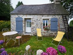 Typical holiday house in Brittany near Pleyben