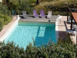 Rental Bed & breakfast in Chateauneuf Val Saint Donat